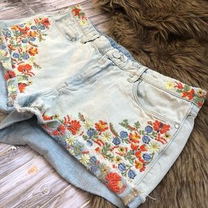 BLANK NYC FLORAL EMBROIDERED JEAN SHIRTS!